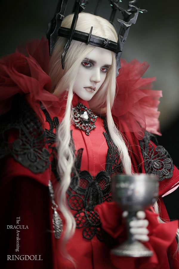 Ringdoll limited edition Dracula 2 by Ringdoll