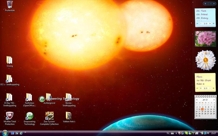 My latest background by Eszies-Eszie