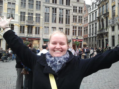 C'est moi en Bruxelles! by Eszies-Eszie