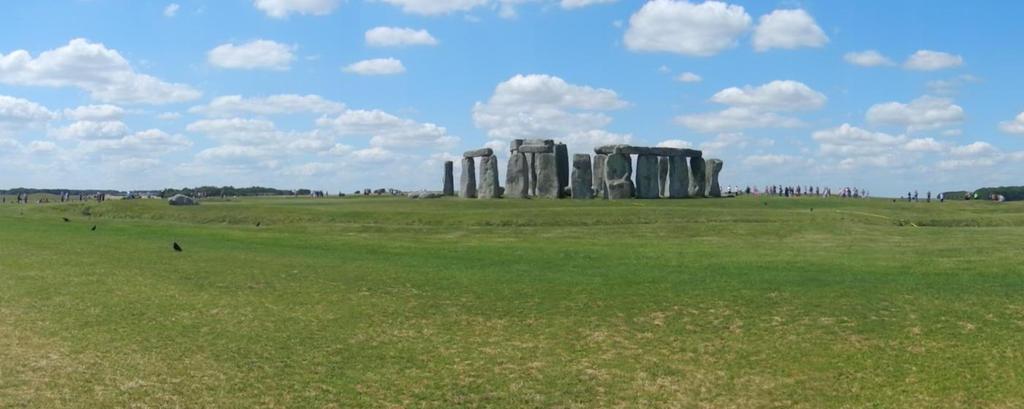 Stonehenge partly panorama by Eszies-Eszie