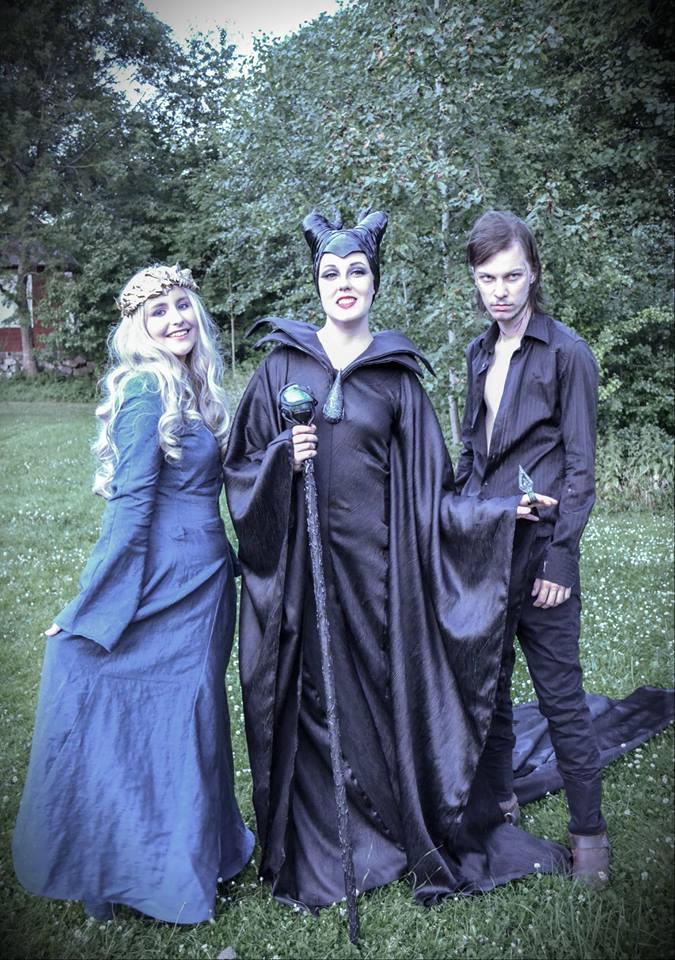 Maleficent Cosplay Group Shot By Mitternachto On Deviantart