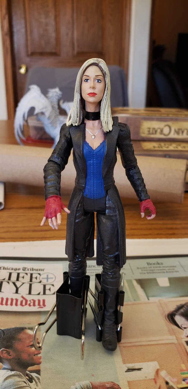 Custom Vampire Tara figure by WebWarlock