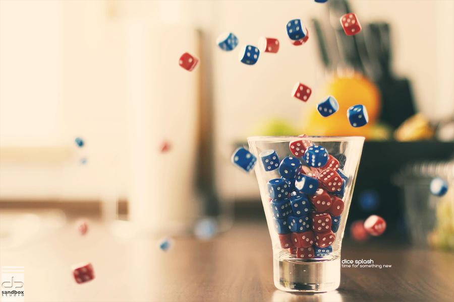 dice splash by Maegondo