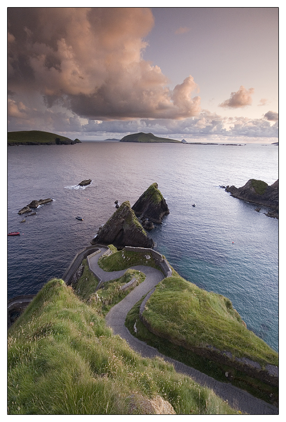 Dunquin harbour by martinkaluza