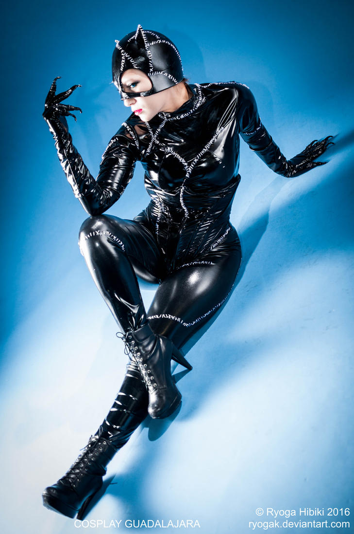 Catwoman by Ryogak