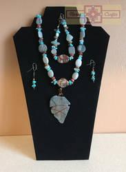 Artisan Tribes Gray Arrowhead Set by rosiecrafts