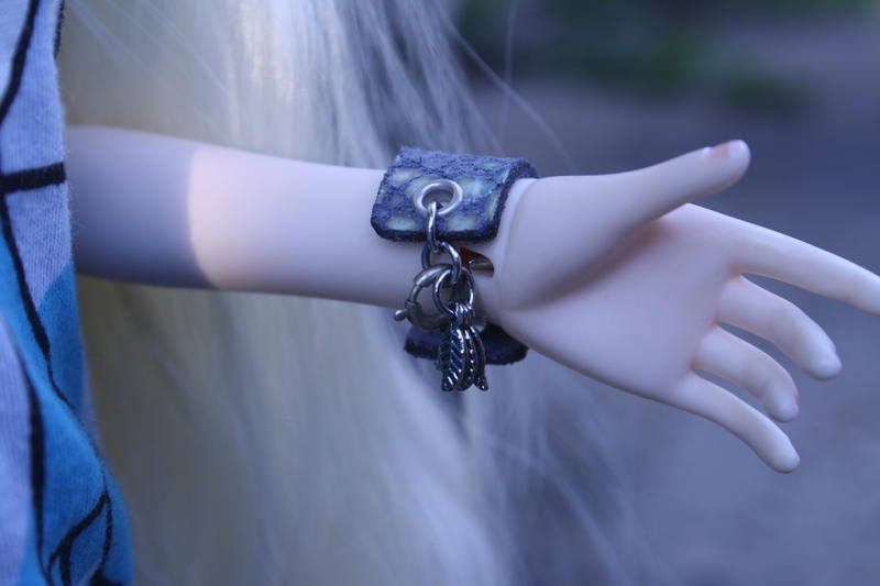 MSD BJD Leather Cuff Bracelet Clasp and Charms by Slersk