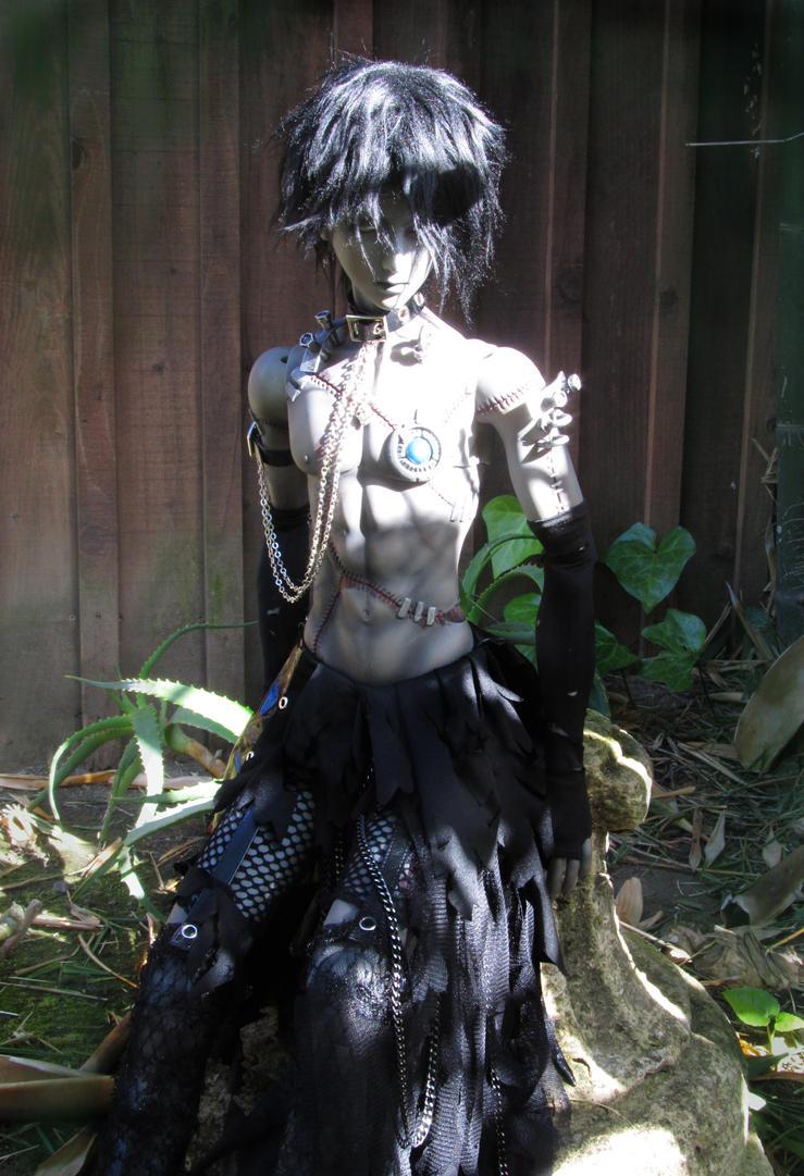 Stranger in the Savage Garden-4713sz by aprillee
