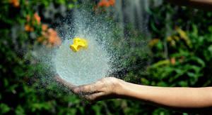 Water-burst by Shutter-Shooter