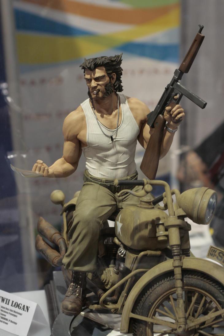 SDCC 2010 WWII Wolverine by anaheim-420