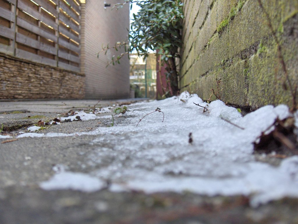 Snow Alley by Treggats