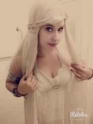 Daenerys cosplay 2