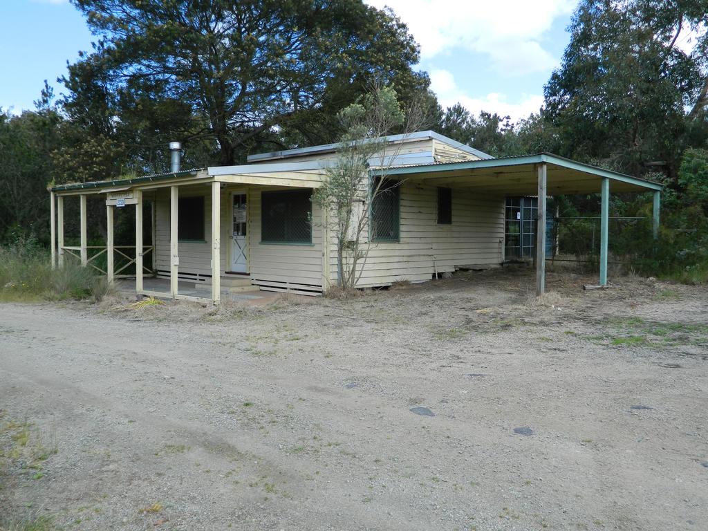 Old Ranger Station 001 - HB593200