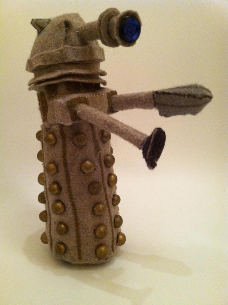 Dalek Plushie by greysky3