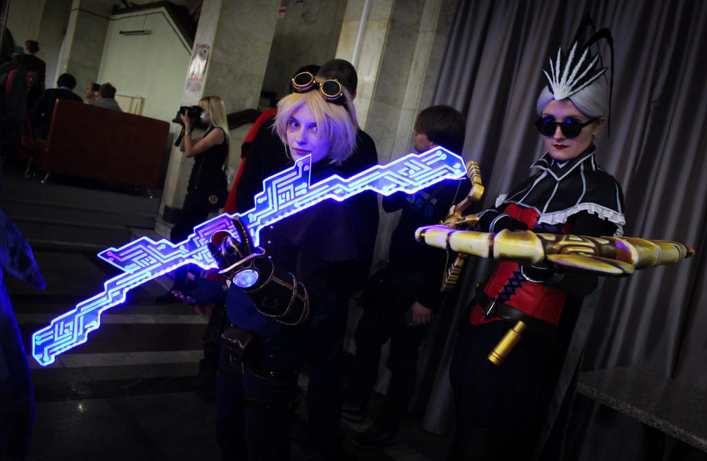 Higan 2014: Vayne and Ezreal by Van-Freischutz