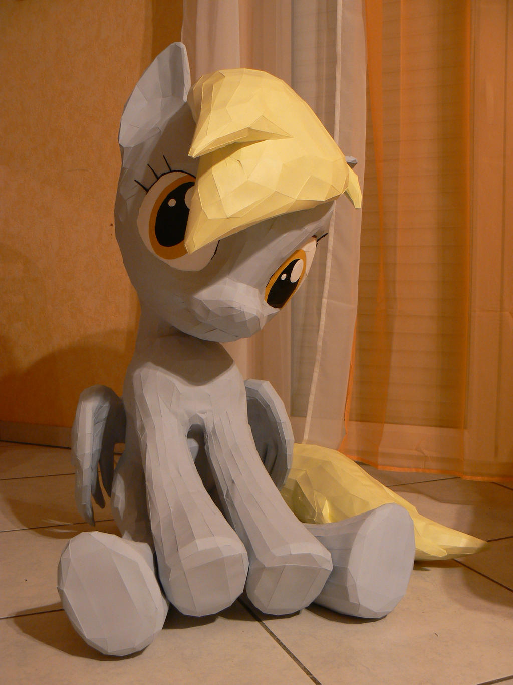Derpy Hooves Papercraft - Queen of muffins by Znegil