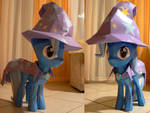 Great and powerful papercraft Trixie