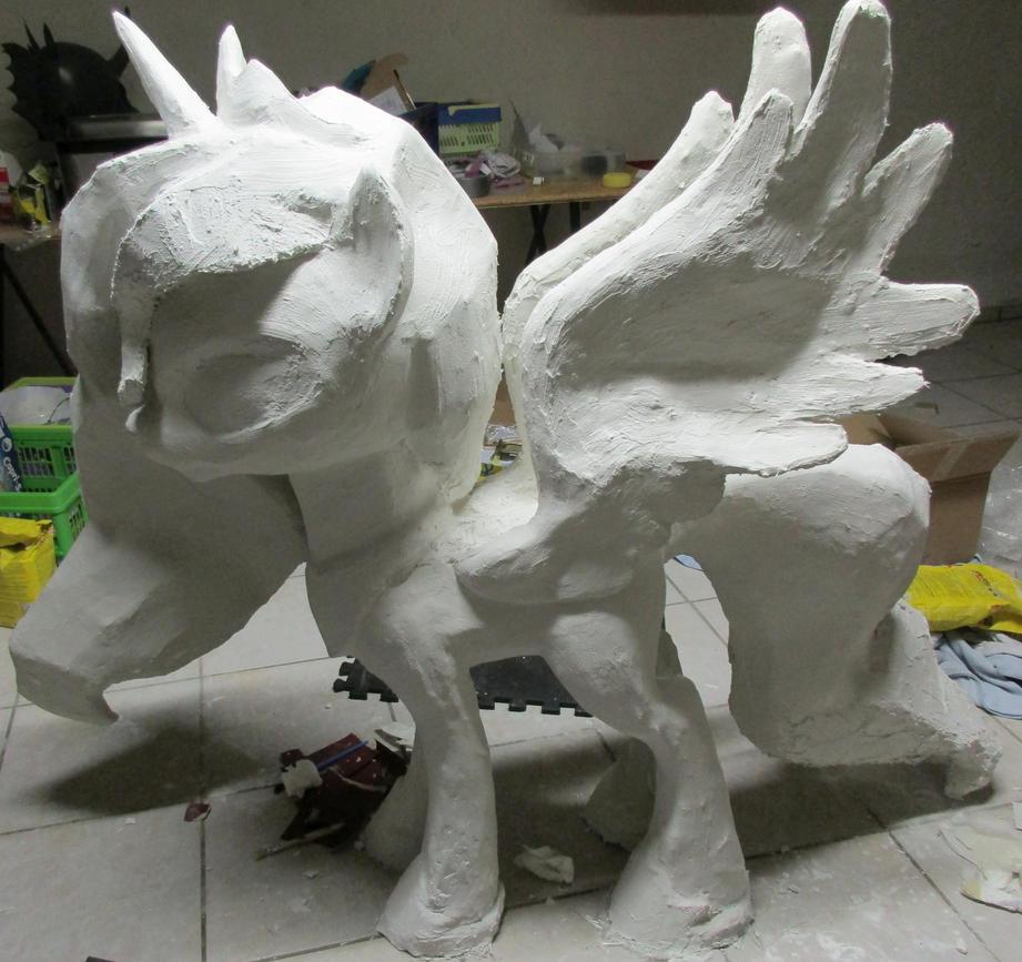 Luna Statue by Znegil