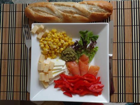 Salmon salad by darthsabe