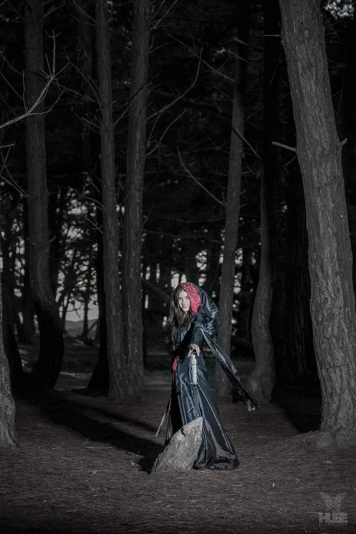 Tribute to Luis Royo - Woods by AyunCelebelen