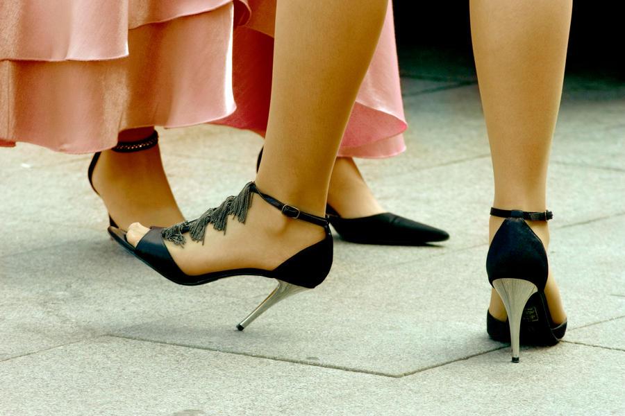 visoke potpetice... Female_weapons_by_mini___MIR