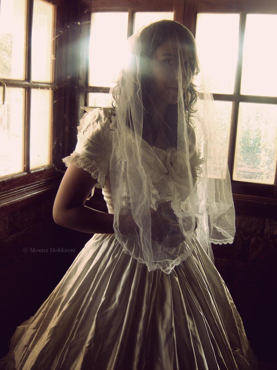 Gone before the happy ending. by Mouna-Mekkaoui