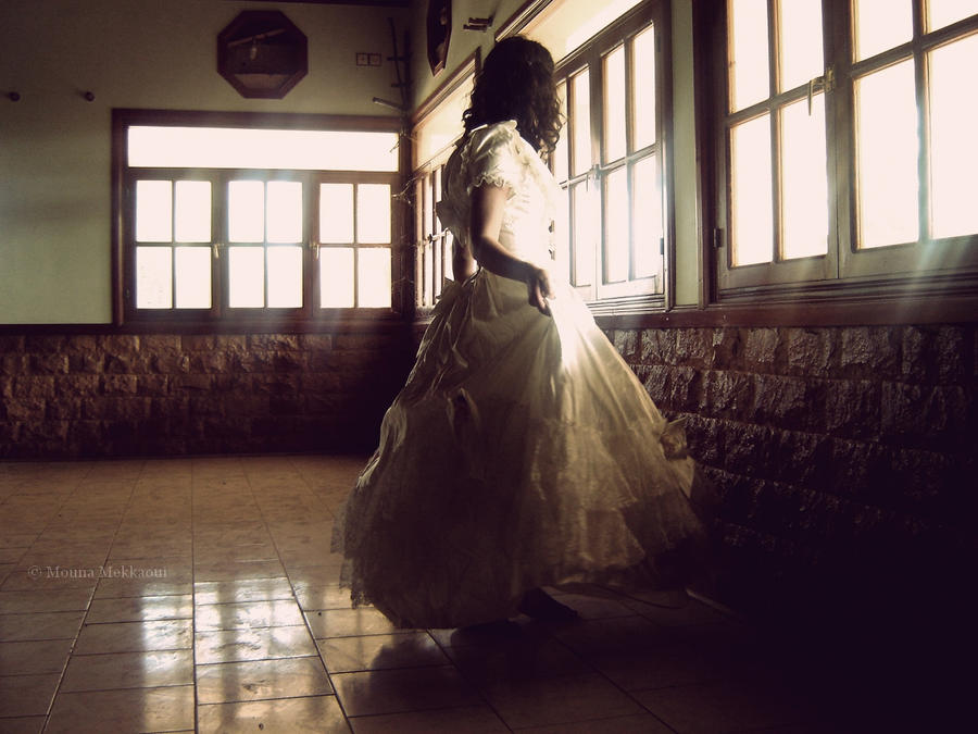 ------------------ by Mouna-Mekkaoui