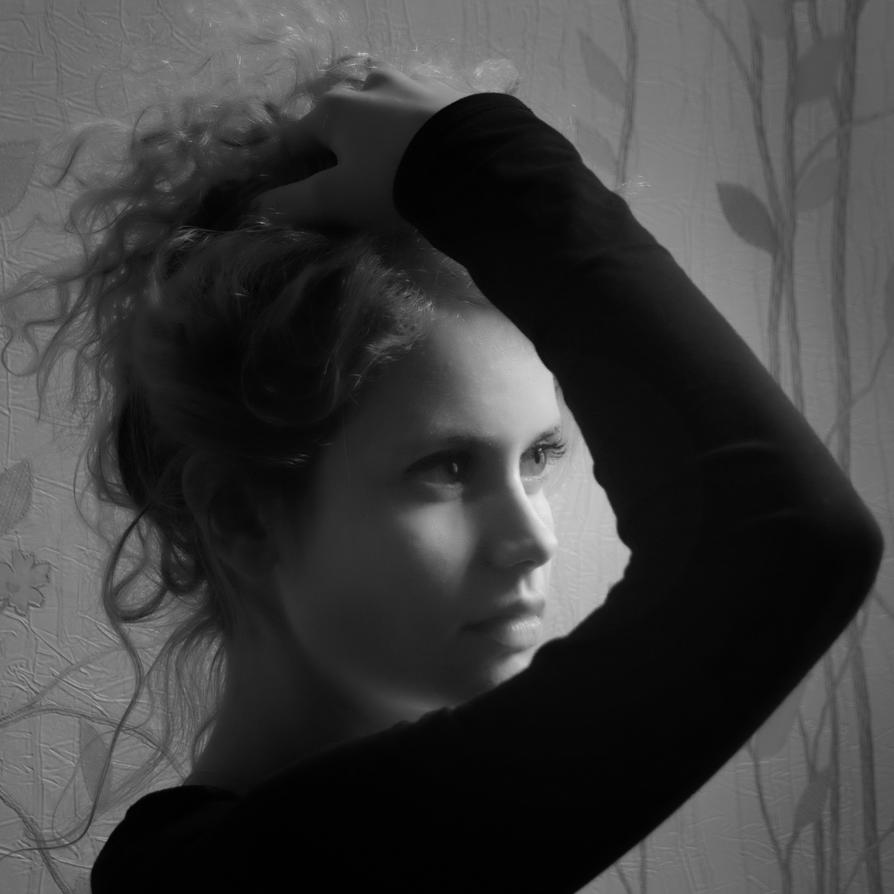 ELF by LOREINOFA
