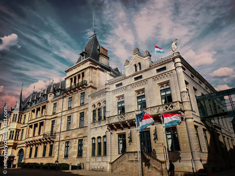 Knights Place 5 - Place Guillaume II - Luxembourg