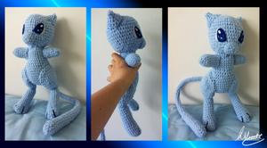 GIANT Mew Crochet