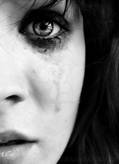 Sorrow. by Mischx