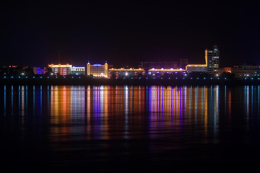 Heihe City Night View by kulesh