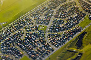 Suburban Streets of South Auckland by kulesh