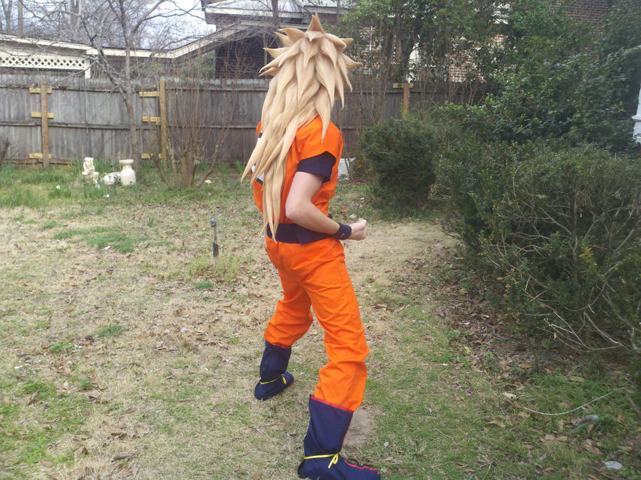 Super saiyan 3 goku cosplay 1 by sasuke12392