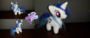 Chibi Vinyl Scratch DJ-Pon3 by angel99percent