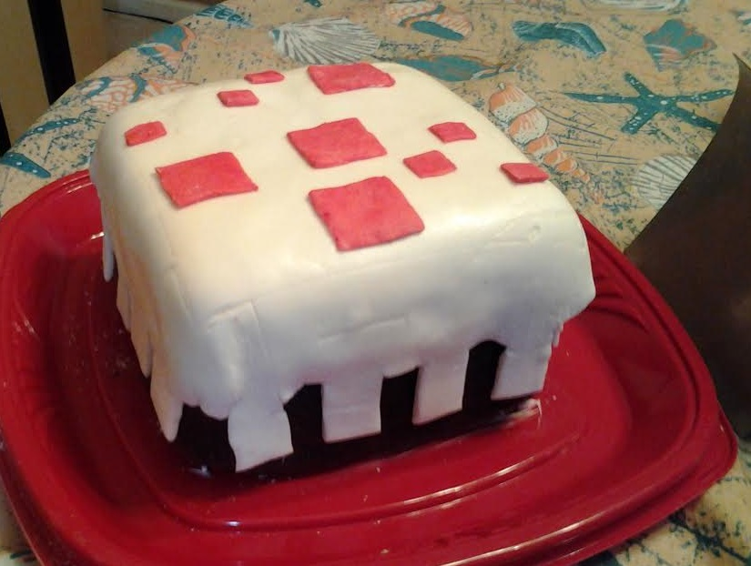 Minecraft Cake by Imaplatypus