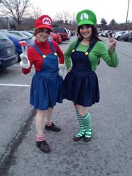 Super Mario Sisters 'Naka-Kon 2014'
