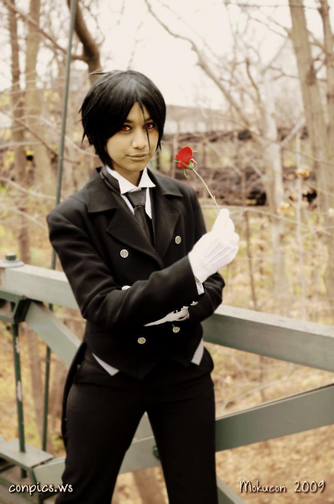 His Butler, Gracious. by wisecraxx