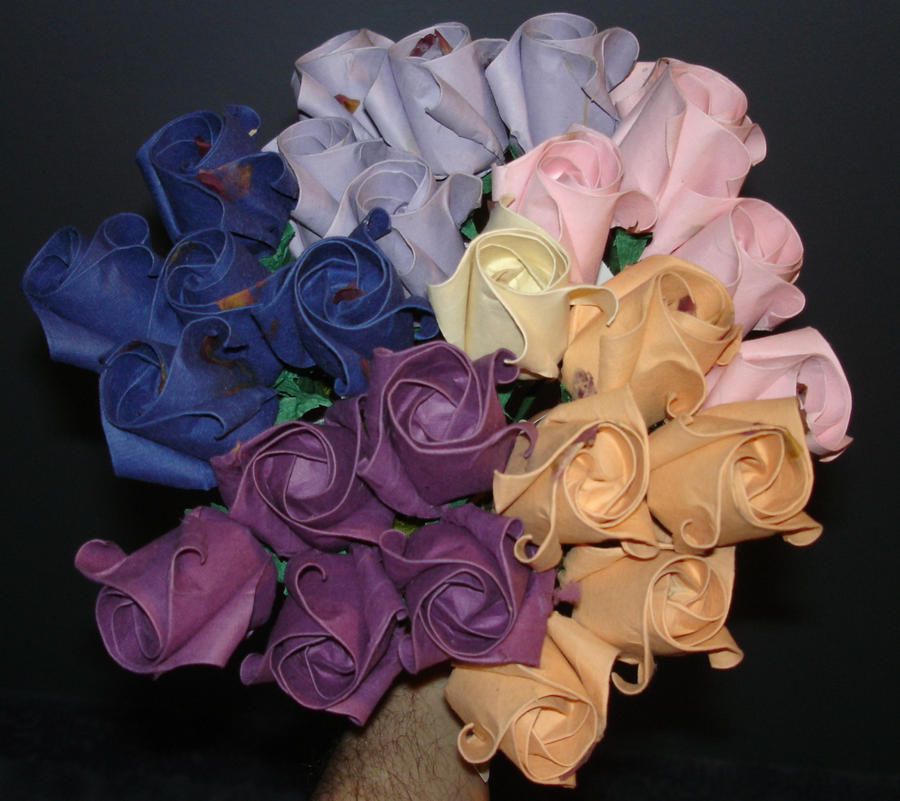 origami roses by pandaraoke