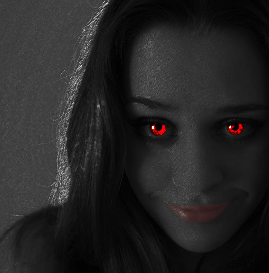 real vampire First of all you need to understand what are vampires if you think that vampires are beings represented by media, novels and movies, then there is not a single proof that vampires.