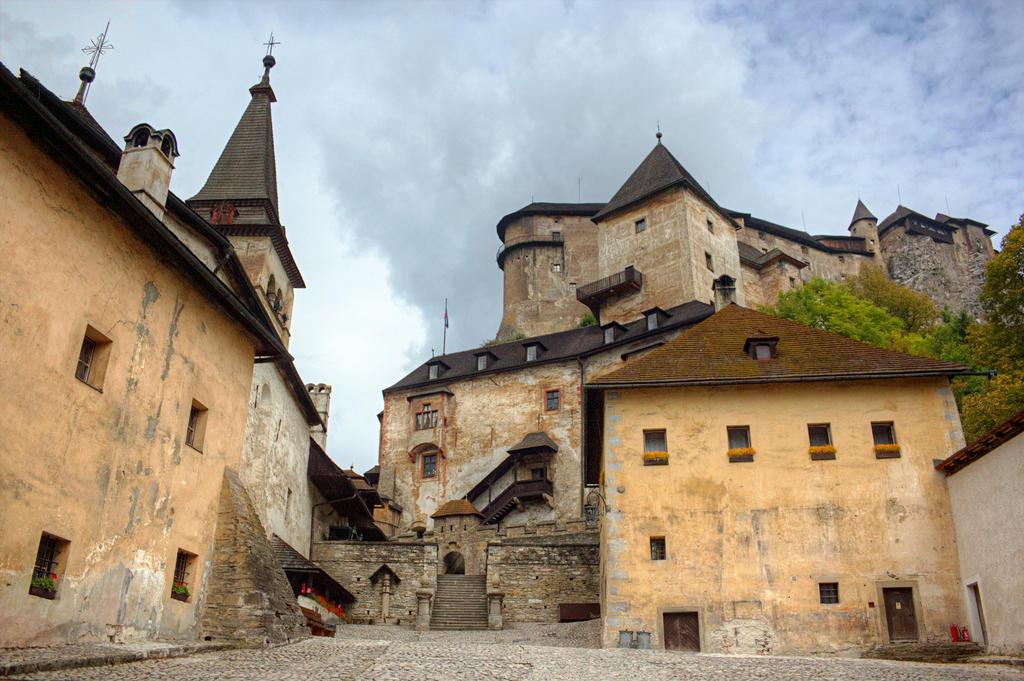 Oravsky hrad by jufik