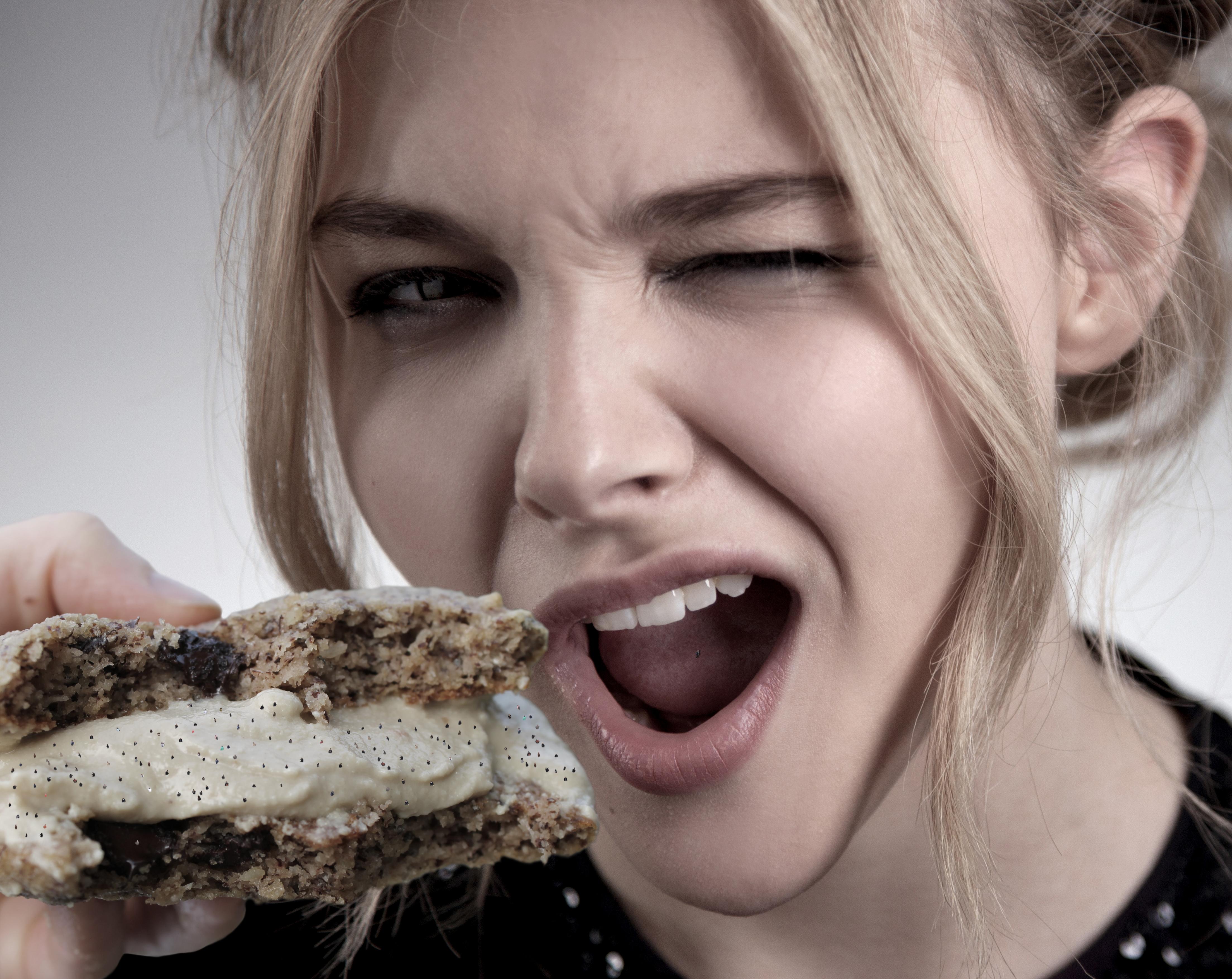 image Chloe grace moretz tongue