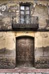 Puerta y Balcon