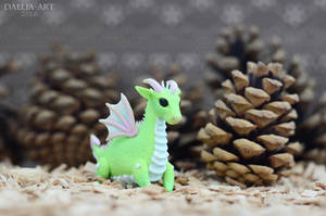 Ball-jointed dragon - pastel green by dallia-art
