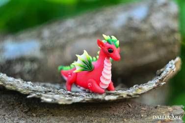 Ball-jointed dragon - red, green, yellow by dallia-art