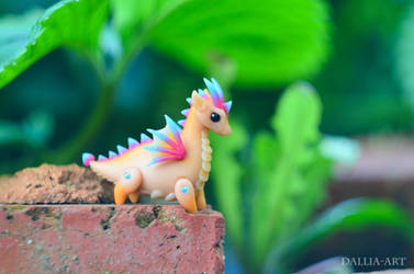 Ball-jointed dragon - beige, pink, blue