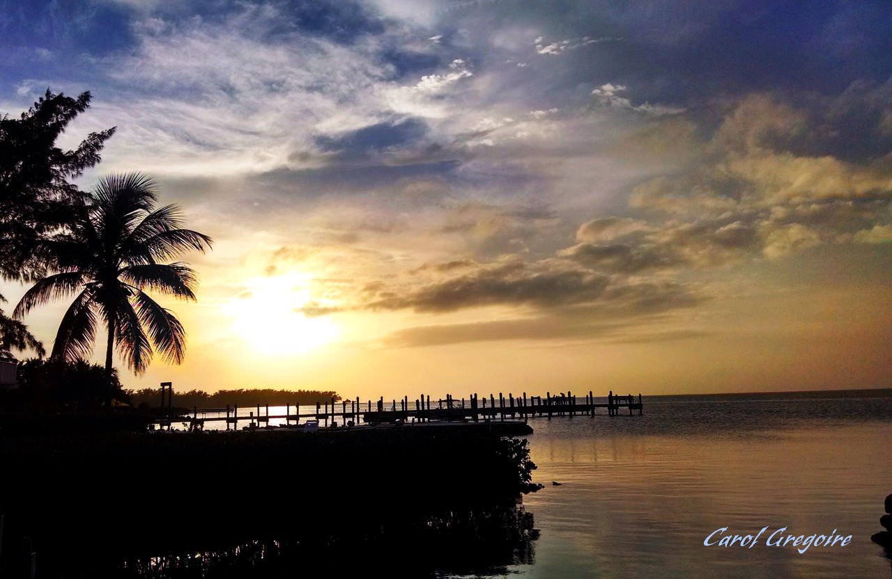 Islamorada Sunset 3 by carolgregoire