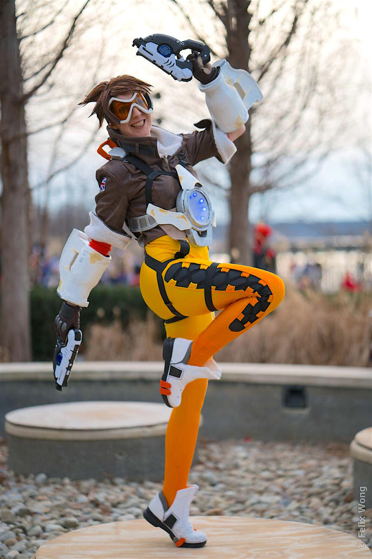 Tracer   Cheers, Loves! by Spaniel122