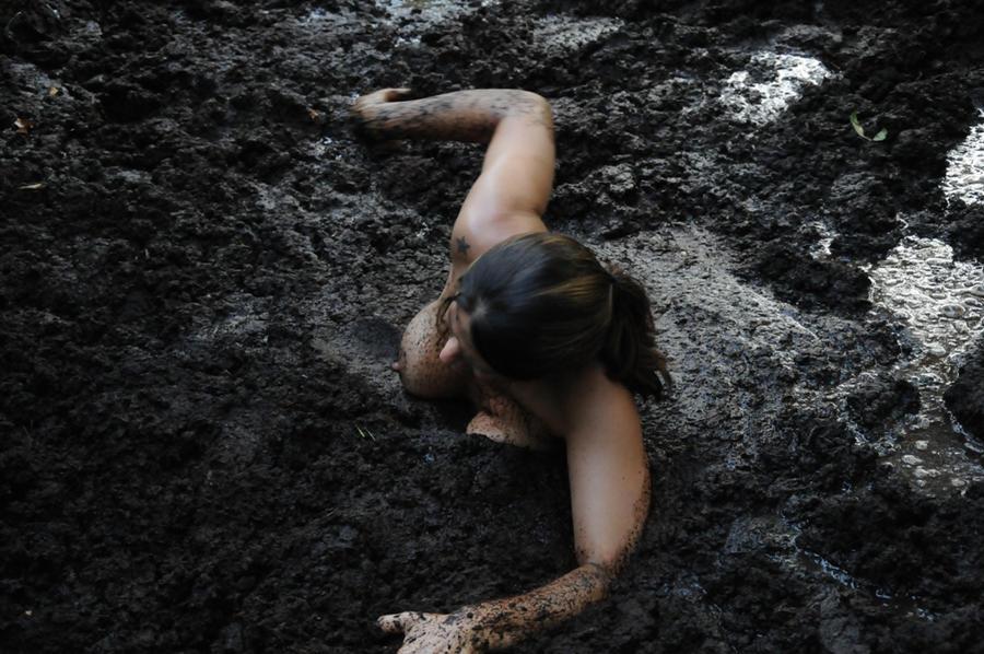 Quicksand photo DeviantArt Trying_to_swim____by_kenham1-d2xp2ai