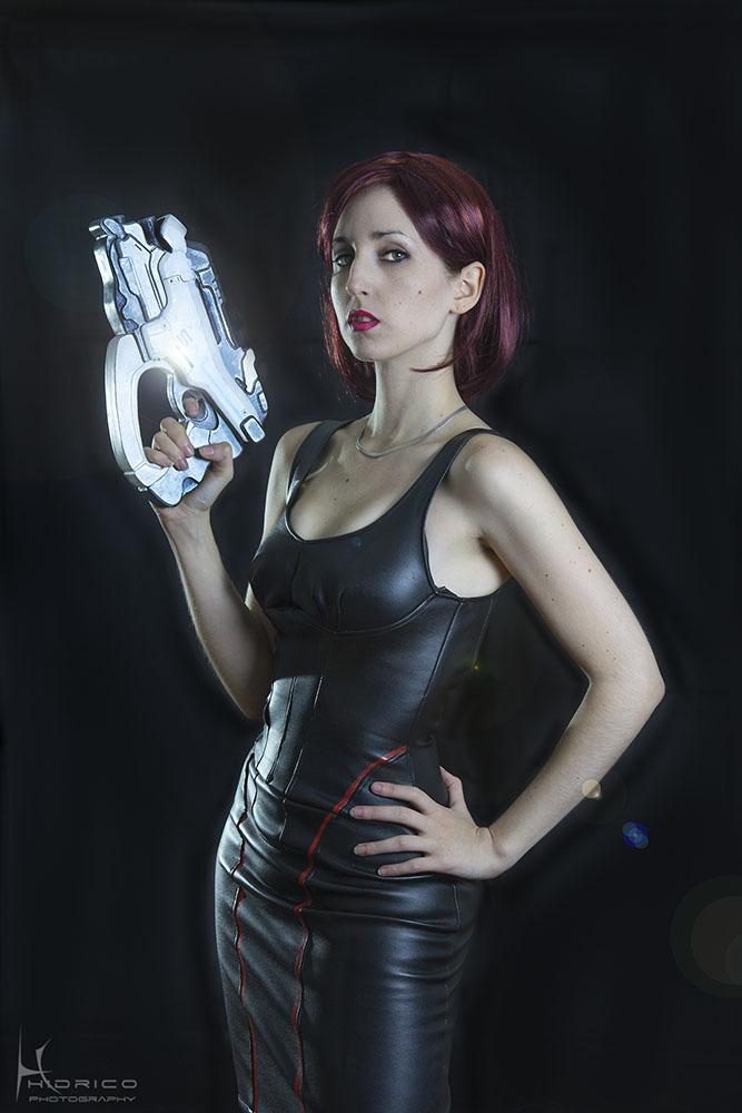 Femshepard Cosplay shoot by Hidrico